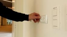 Eenvoudige bediening voor perojector of beamer in vergaderzaal